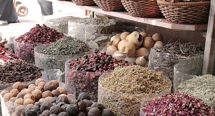 Kryddor och färgspektakel på Spice Market.