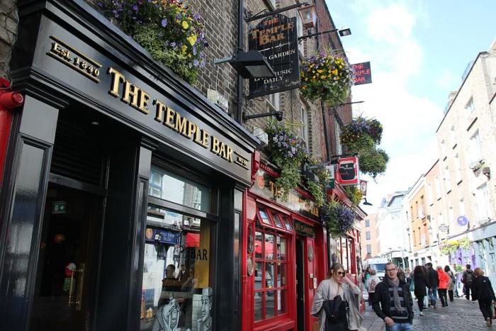 Temple Bar är namnet på ett område fullt med pubar och uteliv.