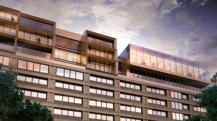 I Swedbanks gamla huvudkontor har huvudstaden fått ett nytt 5-stjärnigt hotell.
